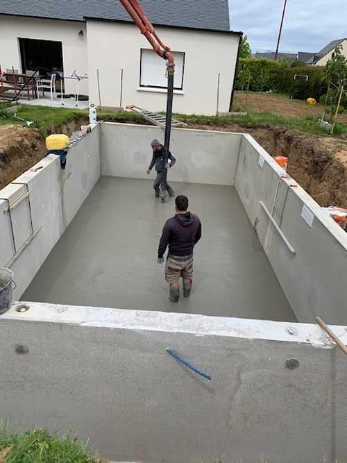 Création d''une piscine béton préfabriquée 6